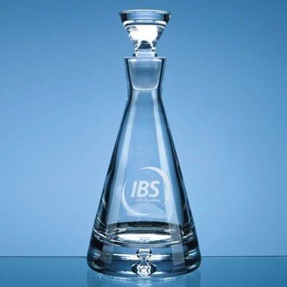 Bubble base pyramid decanter